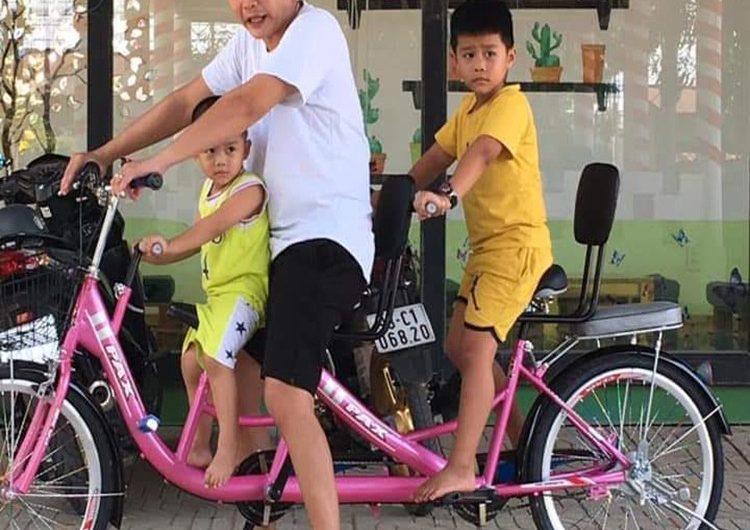 xe đạp đôi cho bé giá rẻ